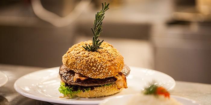 AboutUs-Burger